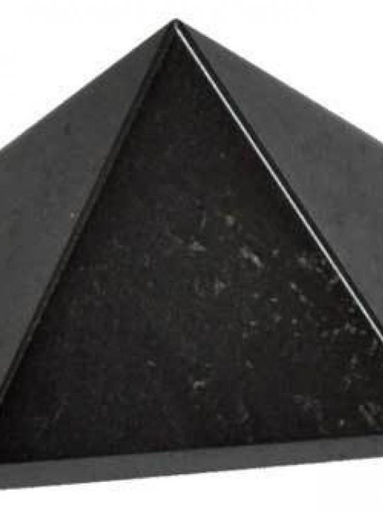 Hematite Pyramid 25MM